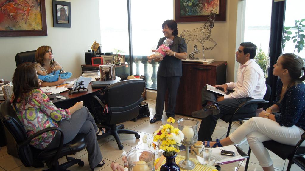 Viceprefecta del Guayas impulsa prevención de embarazos en niñas y adolescentes